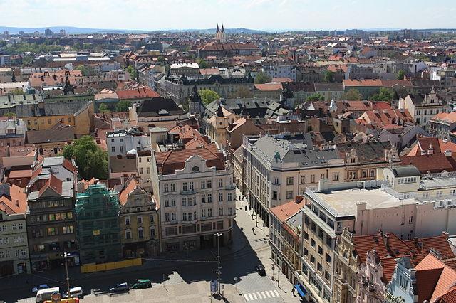 640px-Plzen_city_view